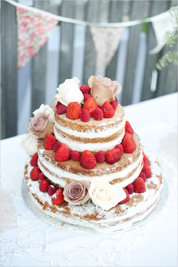 2-strawberry_wedding_cake